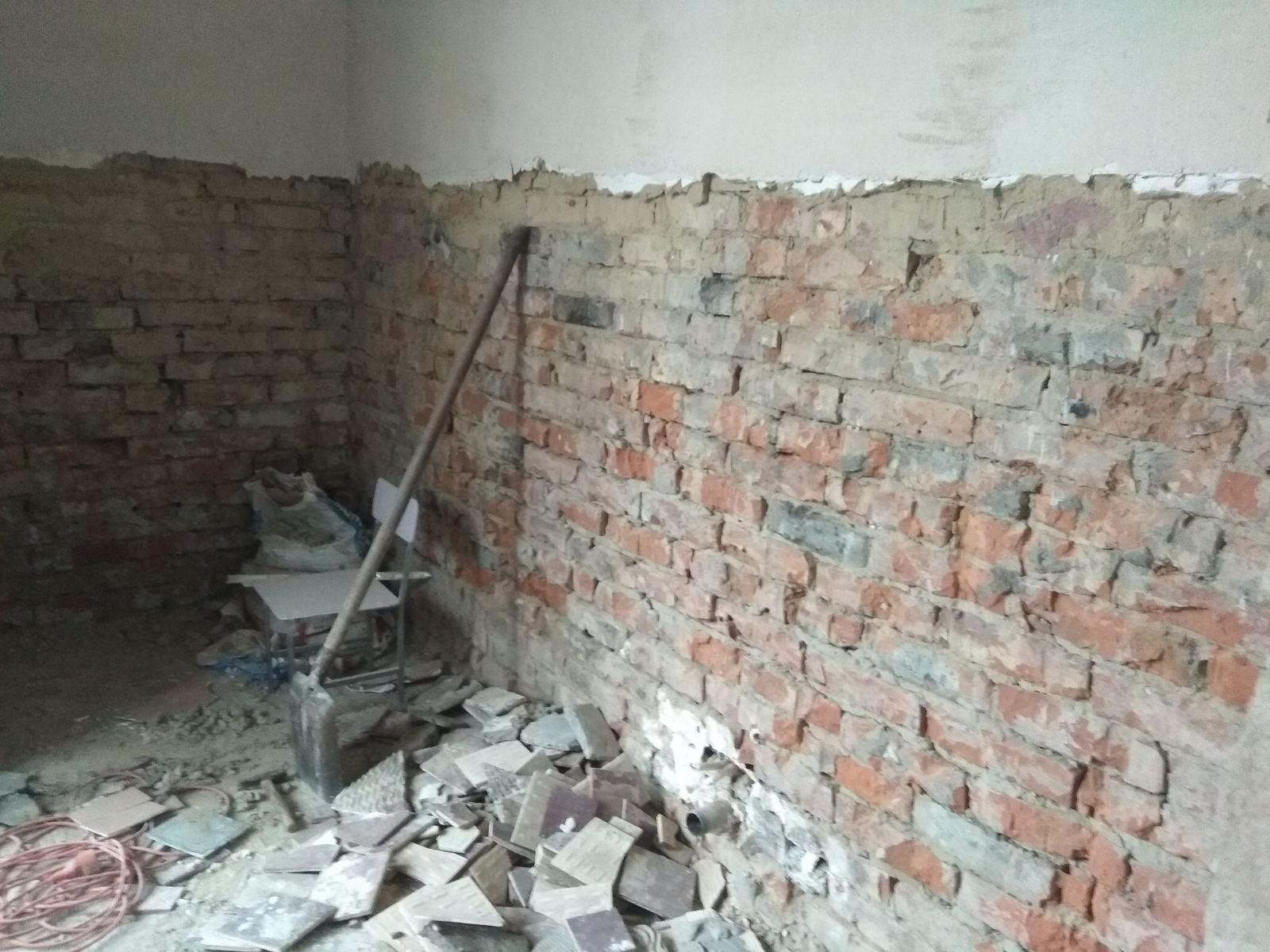 Reparație capitală la blocul sanitar din grupa nr.4